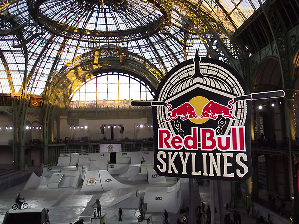 redbull-skylines-paris-2012-une