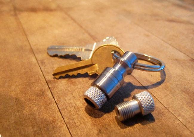 bike-pump-keychain-gonfler-pneu-station-service