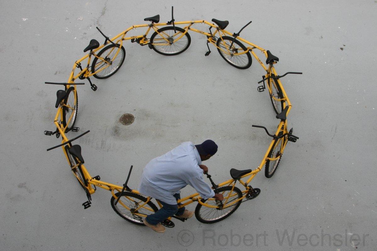 Circular Bike, des vélos liés les uns aux autres
