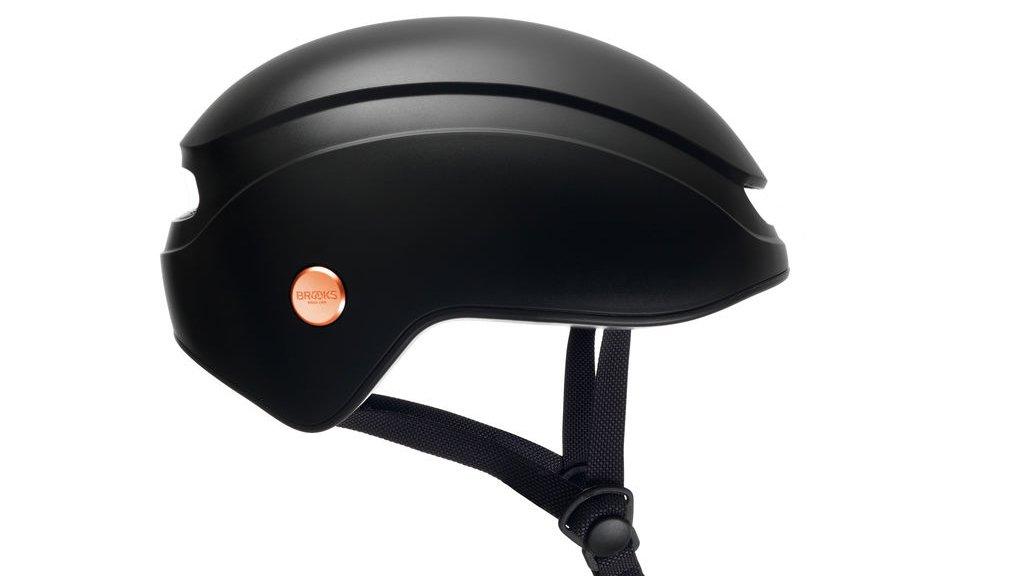 La marque Brooks se lance dans les casques de vélos