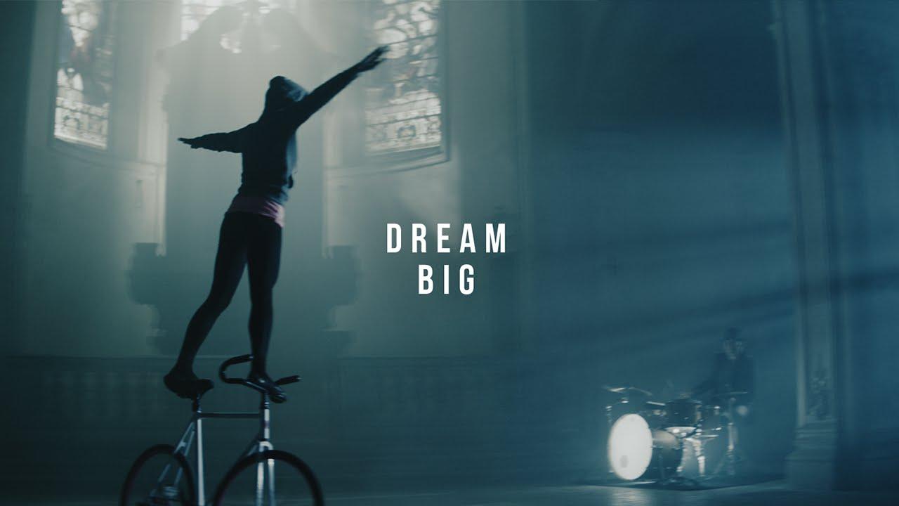 Dream big and you can fly Nicole Frýbortová