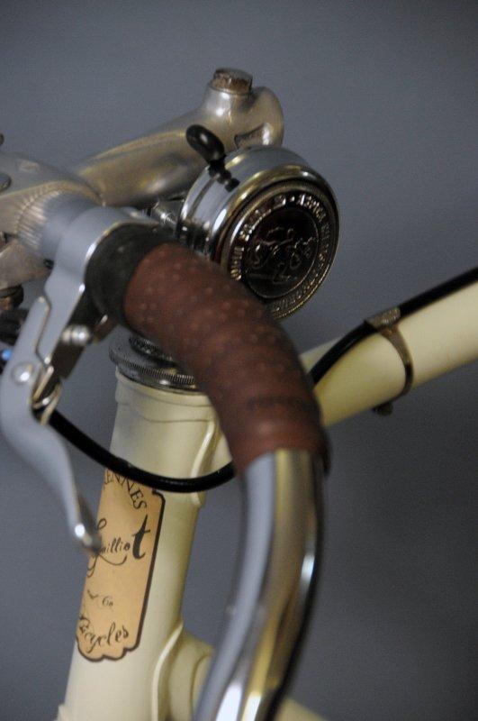 Singlespeed au look Old School avec un cadre Eddy Merckx