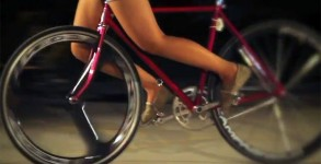 Cute-Fixed-Gear-Girls