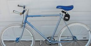 fixie-bleu-blanc-1