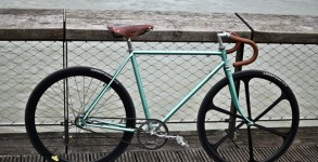 singlespeed-retropedalage-motobecane-brooks1