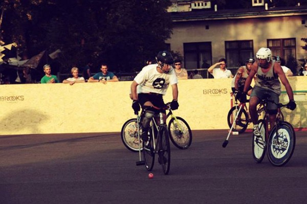 French Hardcourt Bike Polo Championships Montpellier le 3 et 4 aout 2013