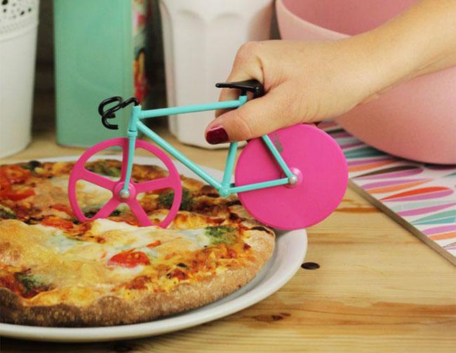doiy-fixie-pizza-cutter-roulette-5