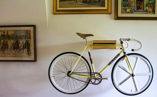 A i d bike holder support mural v lo fixie singlespeed infos v lo fixi - Accrocher un velo au mur ...
