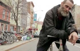 Delivery, la vidéo d'un livreur de pizzas à Brooklyn