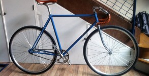 singlespeed-retropedalage-bleu-chrome-motobecane