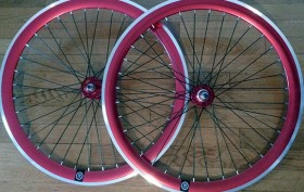 Les paires de roues flip/flop de chez Fabrik Cycles