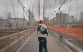 Découvrez Brooklyn en 3 000 photos et en vélo
