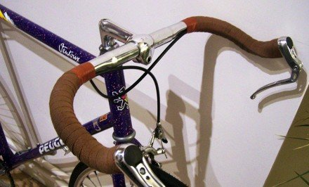Un vélo de course Peugeot Ventoux devenu singlespeed belge !