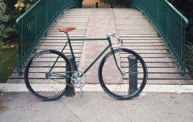 Fixie sur la base d'un vélo de course Motobécane
