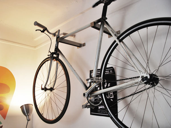 comment ranger son singlespeed dans un studio fixie singlespeed infos v lo fixie pignon. Black Bedroom Furniture Sets. Home Design Ideas