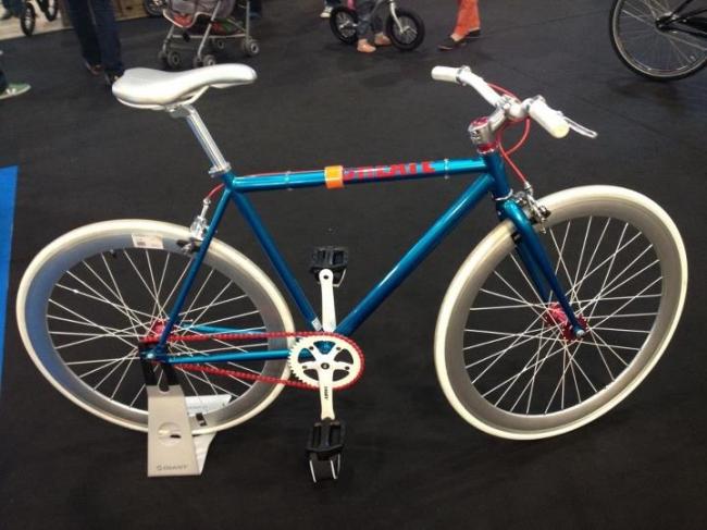 retour sur le r 39 bike 2012 l 39 v nement v lo de lyon fixie singlespeed infos v lo fixie. Black Bedroom Furniture Sets. Home Design Ideas